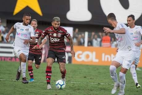 Atacante brasileiro vira opção no Barcelona (Foto: Alexandre Vidal / Flamengo)