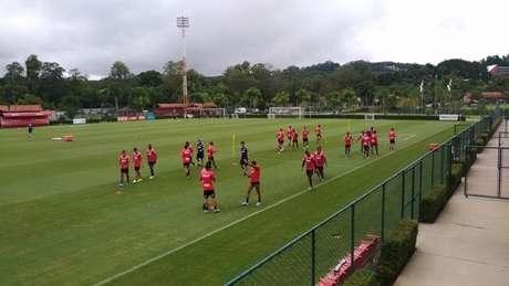 São Paulo treinou mais uma vez no CT de Cotia, onde está concentrado (Foto: Alexandre Guariglia/Lancepress)