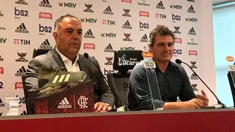 Marcos Braz e Bruno Spindel conversa com jornalistas (Foto: Matheus Dantas)