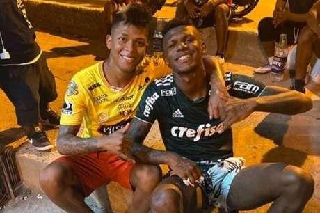 Arboleda vestiu a camisa do Palmeiras durante suas férias no Equador (Foto: Reprodução/Instagram)