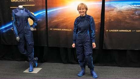 A professora de 61 anos Ketty Maisonrouge comprou a passagem ao espaço há 15 anos, em 2005. Neste ano, finalmente, deve realizar esse sonho.