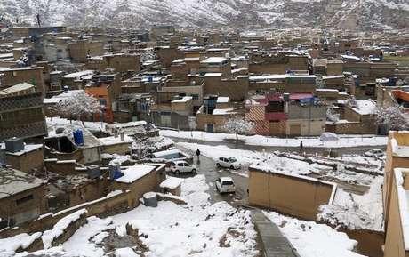 Área residencial atingida por nevasca em Mariabad, em Quetta, no Paquistão 13/01/2020 REUTERS/Naseer Ahmed
