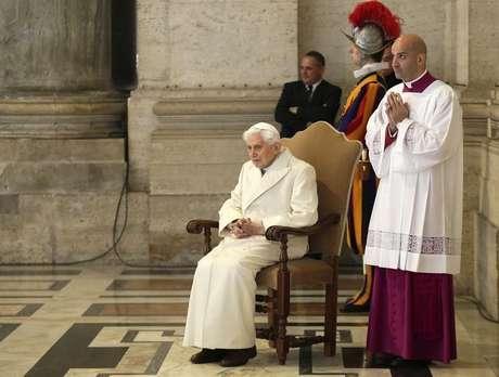 Papa emérito Bento 16 no Vaticano 08/12/2015 REUTERS/Max Rossi