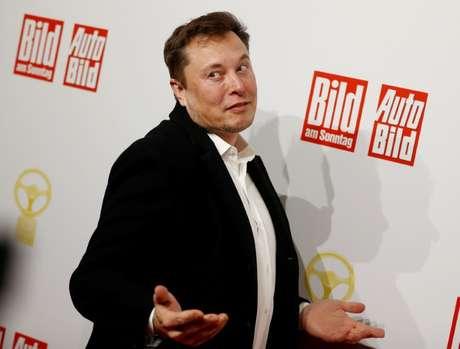 Presidente-executivo da Tesla, Elon Musk, já conseguiu cumprir a meta operacional que também era necessária para disparar a opção de compra de ações da empresa. Berlim, Alemanha, 12/11/2019. REUTERS/Hannibal Hanschke