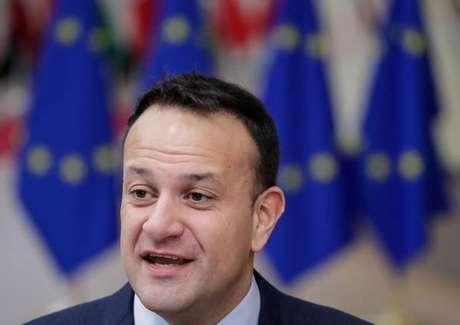 Irlanda realizará eleições antecipadas em 8 de fevereiro