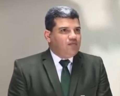 Aliado do regime Maduro, Luis Parra também está na lista