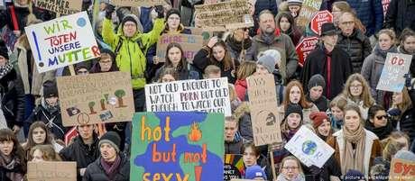 Protesto em Hamburgo em defesa da proteção climática