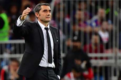 Ernesto Valverde não aguentou a pressão e foi demitido na noite desta terça-feira (AFP)