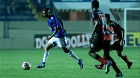 Os meninos da Raposa estiveram muito nervosos nas cobranças de pênaltis, gerando a eliminação do time na Copinha- (Gustavo Aleixo/Cruzeiro)