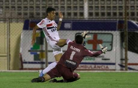 São Paulo venceu o Santa Cruz e vai disputar as oitavas de final da Copinha (Foto: Rubens Chiri/saopaulofc.net)