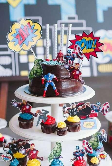 47. Decoração divertida para festa dos Vingadores – Foto: Dcore Você