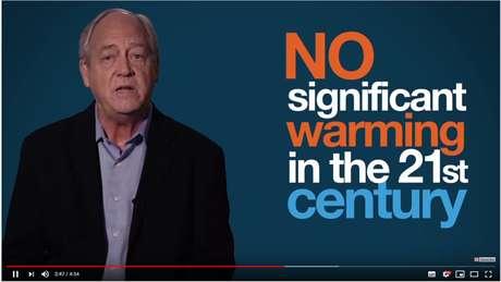 """Recomendado pelo YouTube, o vídeo 'O que eles não te contaram sobre a mudança climática""""'traz informações falsas ou enganosas, diz a Avaaz; ele já foi visto 3,6 milhões de vezes"""