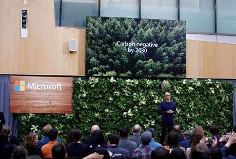 CEO da Microsoft, Satya Nadella, anuncia planos ambientais da empresa em Redmond, Washington (EUA)  16/01/2020 REUTERS/Lindsey Wasson