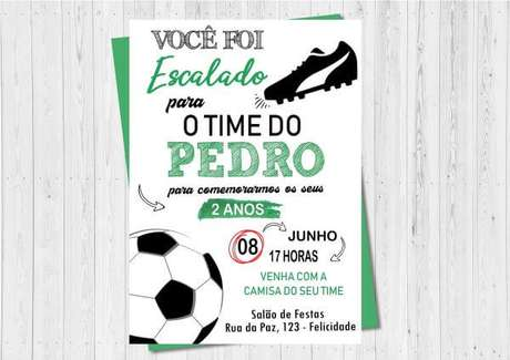 4. Convite de aniversário infantil futebol – Foto: ELo7