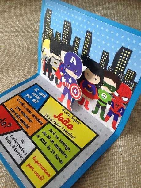 26. Convite de aniversário infantil de super heróis – Foto: Elo7