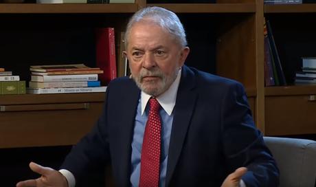 Lula durante entrevista ao canal TVT