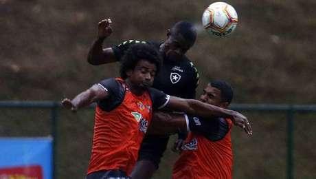 Botafogo perde para o Estrela do Norte em jogo-treino