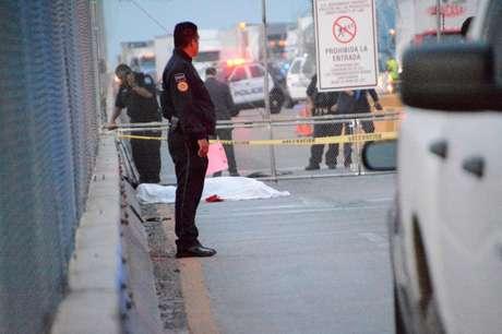 Policiais em ponte na fronteira dos EUA com o México 08/01/2020 REUTERS/Jesus Gonzalez