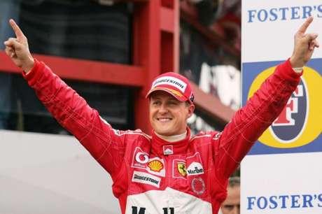 O alemão Michael Schumacher é considerado um dos maiores pilotos da história da F1 (Foto: DENIS CHARLET / AFP)