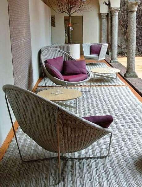 31. Design redondo para cadeiras para varanda – Foto: Dedece Blog