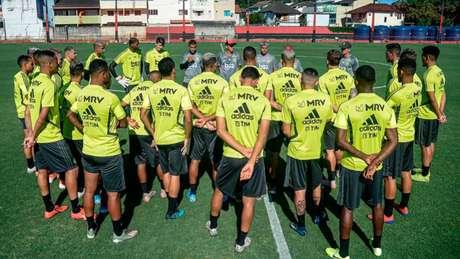 Grupo à disposição do Flamengo para a estreia na Taça Guanabara (Foto: Alexandre Vidal / Flamengo)