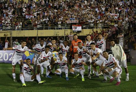 Neste sábado, o São Paulo foi eliminado pelo Oeste (Foto: Reprodução/Twitter)