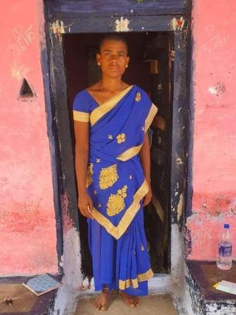 Os programas do governo voltados para ajudar a população carente da Índia geralmente não alcançam pessoas como Prema