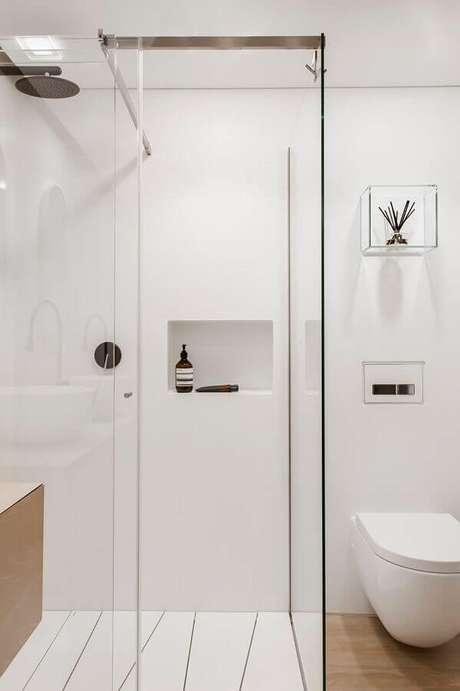 10. Decoração minimalista para banheiro de apartamento – Foto: Webcomunica