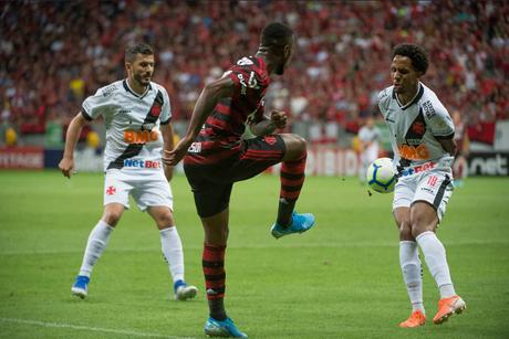 Flamengo e Vasco fazem o primeiro clássico do Campeonato Carioca nesta quarta-feira (Foto: Divulgação/Alexandre Vidal)