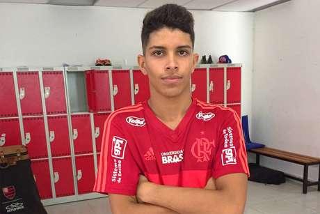 Felipe Cardoso desabafa após ser dispensado pelo Flamengo