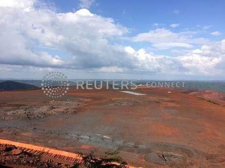 Vista da mina S11D da Vale 17/12/2016