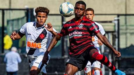 Jogadores que costumam se enfrentar nas divisões de base devem se rever (Marcelo Cortes / Flamengo)