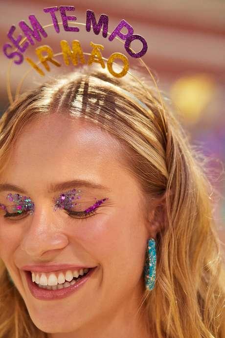 Resultado de imagem para tiaras carnaval 2020