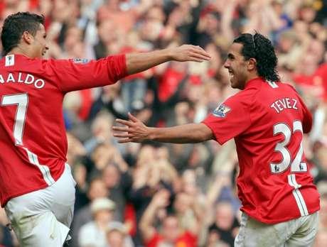 Tévez pode retornar ao Manchester United 11 anos após sua saída (Foto: AFP)