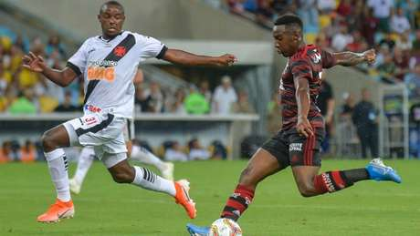 Ulisses foi o destaque na zaga do Vasco (Foto: Marcelo Cortes / Flamengo)