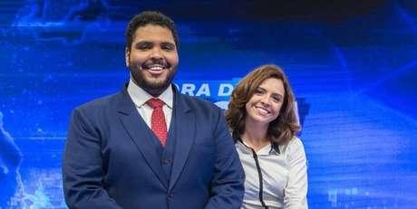 Os âncoras Paulo Vieira e Renata Gaspar foram ofuscados por piadas fracas