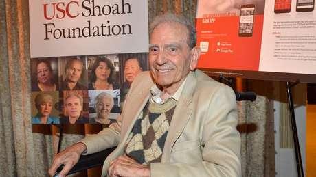 Dario Gabbai fala sobre suas provações em eventos em instituições dedicadas a manter viva a memória do Holocausto