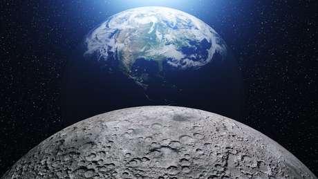 A Lua está cada vez mais distante da Terra