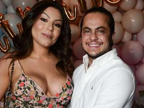 Filho de Thammy Miranda e Andressa Ferreira encanta em fotos após nascimento