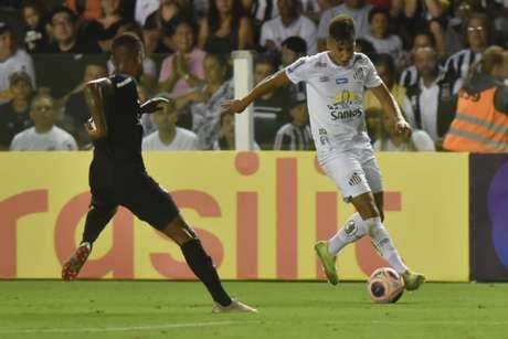 Kaio Jorge atuou por 45 minutos no Santos, nesta quinta-feira, na Vila Belmiro (Foto: Ivan Storti/Santos)