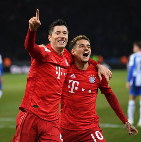 Bayern tenta encostar na liderança (Foto: Reprodução/Twitter)
