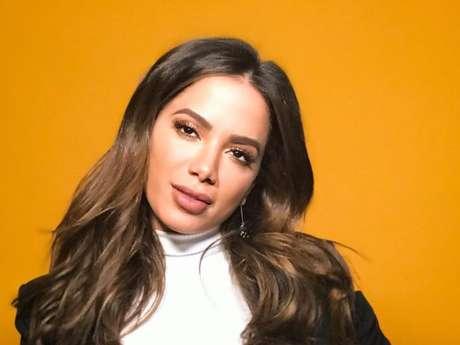 Anitta aconselhou equipe de Regina Duarte: 'Eles precisam conhecer um baile funk pra ontem'