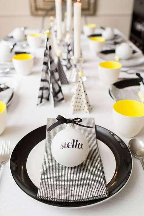 24. Lembrancinha de mesa de aniversário em casa – Via: Como Fazer em Casa