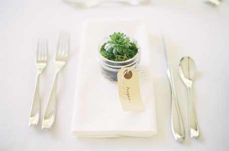 49. Lembrancinha de mesa para casamento com suculenta – Foto: Elizabeth anne Designs
