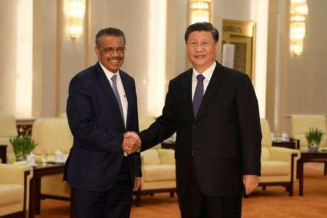 Presidente da China, Xi Jinping, e diretor-geral da OMS, Tedros Adhanom, em Pequim 28/01/2020 Naohiko Hatta/Pool via REUTERS