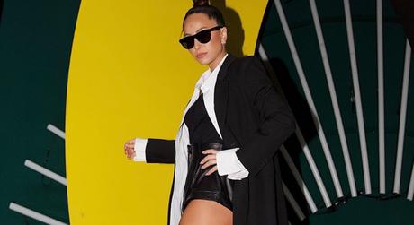 Famosas usam blazer oversized (Reprodução/Instagram/@sabrinasato)
