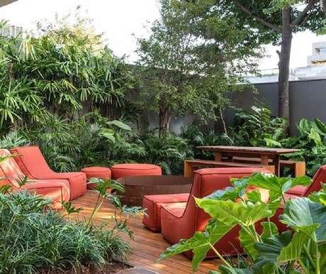 38. Móveis na cor terracota para decoração de área externa – Foto: Arquitetando