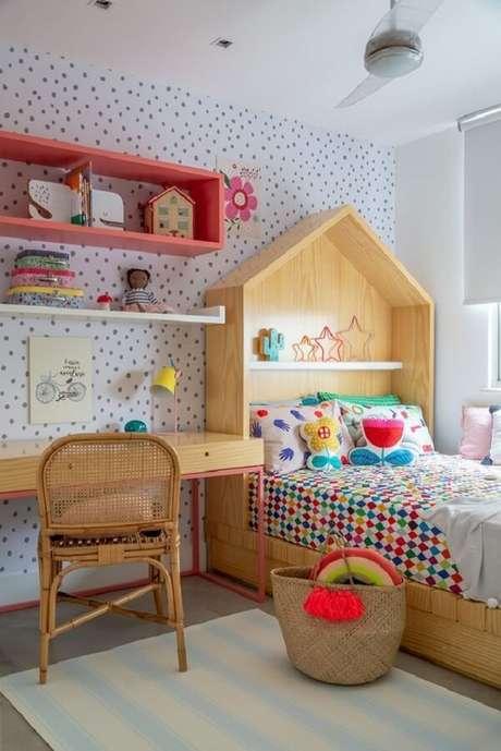 72- Nichos para quarto em marcenaria rosa. Fonte: Revista Viva Decora