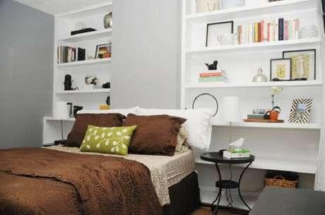 12- Os nichos para quarto de casal foram colocados ao lado da cama. Fonte: Pinterest