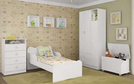 14- Os nichos para quarto de bebê complementam a decoração branca. Fonte: ConstruindoDecor